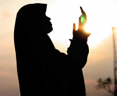 muslimah-berdoa